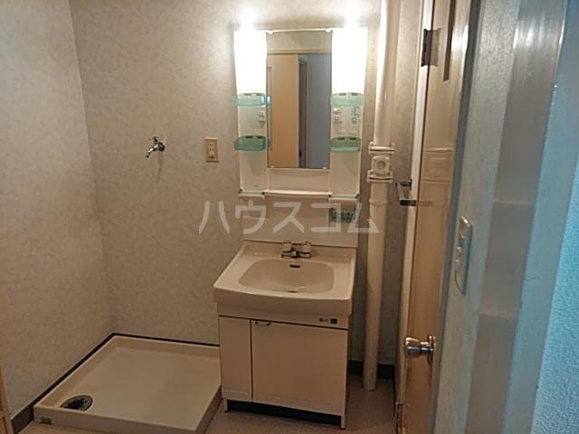 洋光台田中ビル 202号室の洗面所