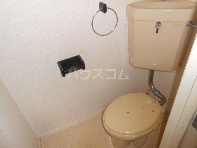 ベルハウス22 201号室のトイレ