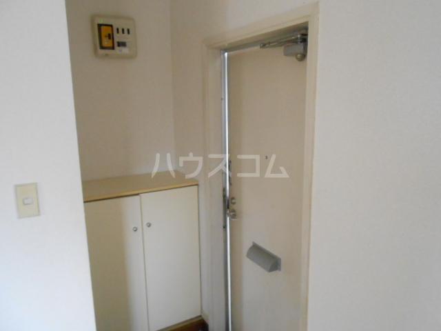ベルハウス22 201号室の玄関