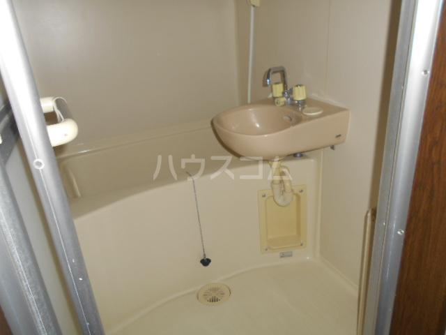エレガンス 202号室の風呂