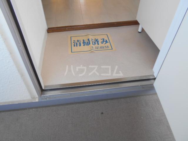 パークサイドマンション 303号室の玄関