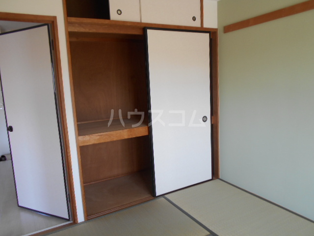 パークサイドマンション 303号室の収納