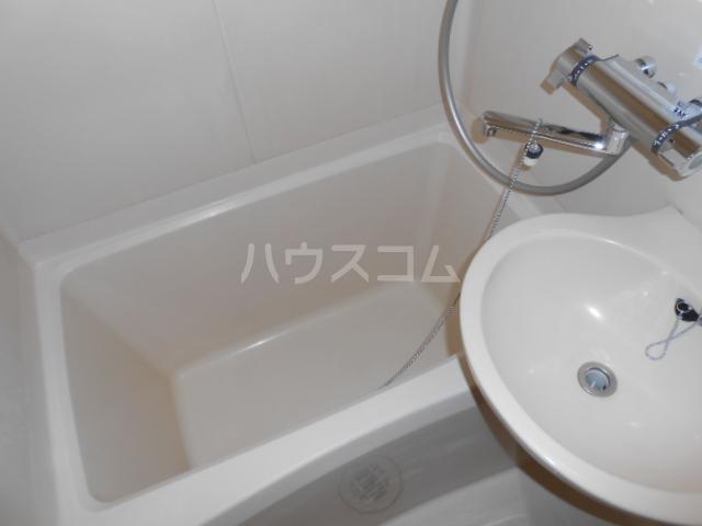 パルコホリウチ 101号室の風呂