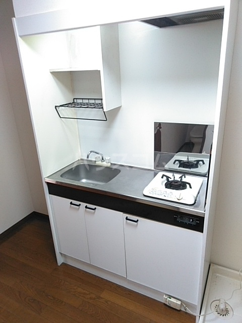 ヤガラハイツⅡ 202号室のキッチン
