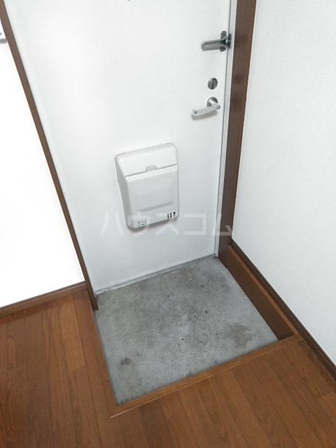 ヤガラハイツⅡ 202号室の玄関