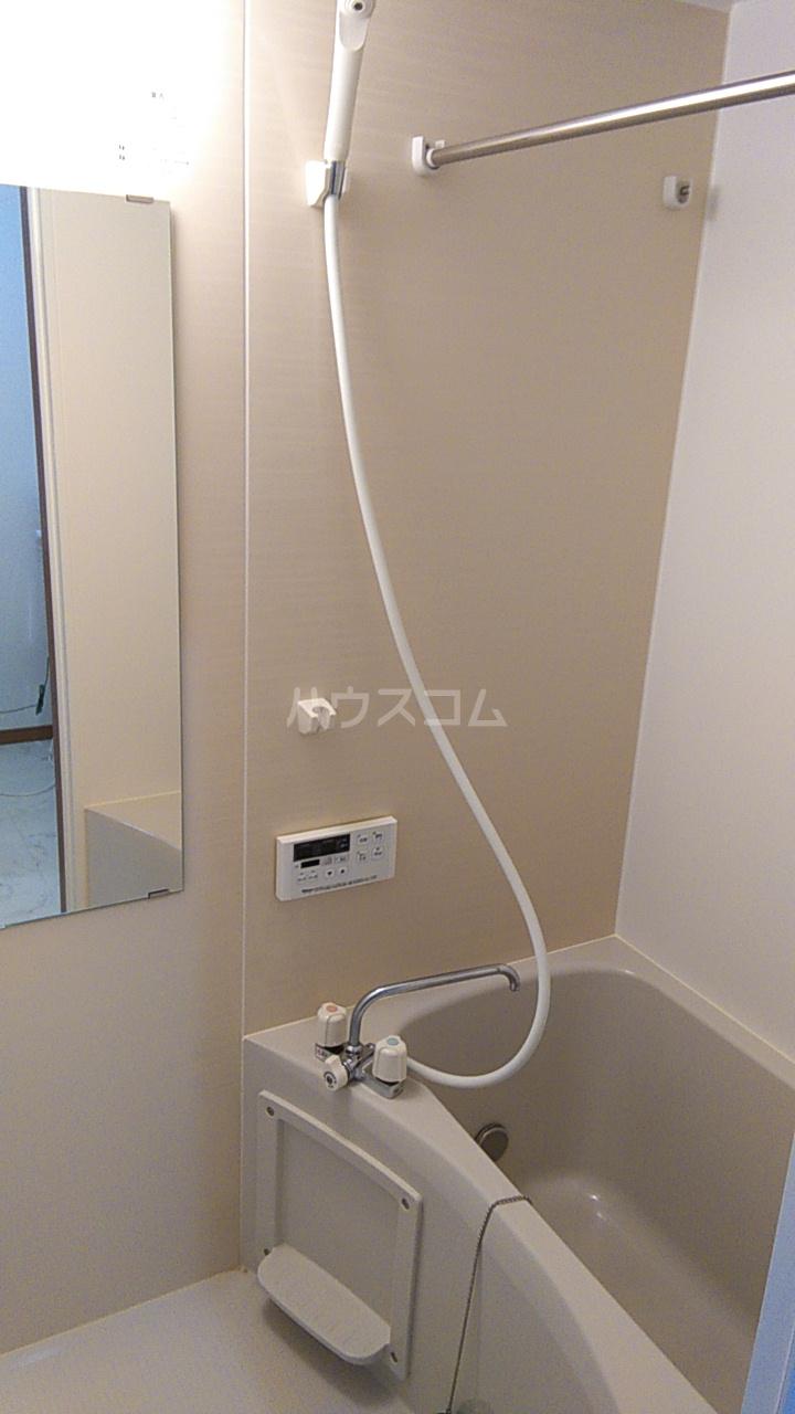 ITハウス 103号室の風呂