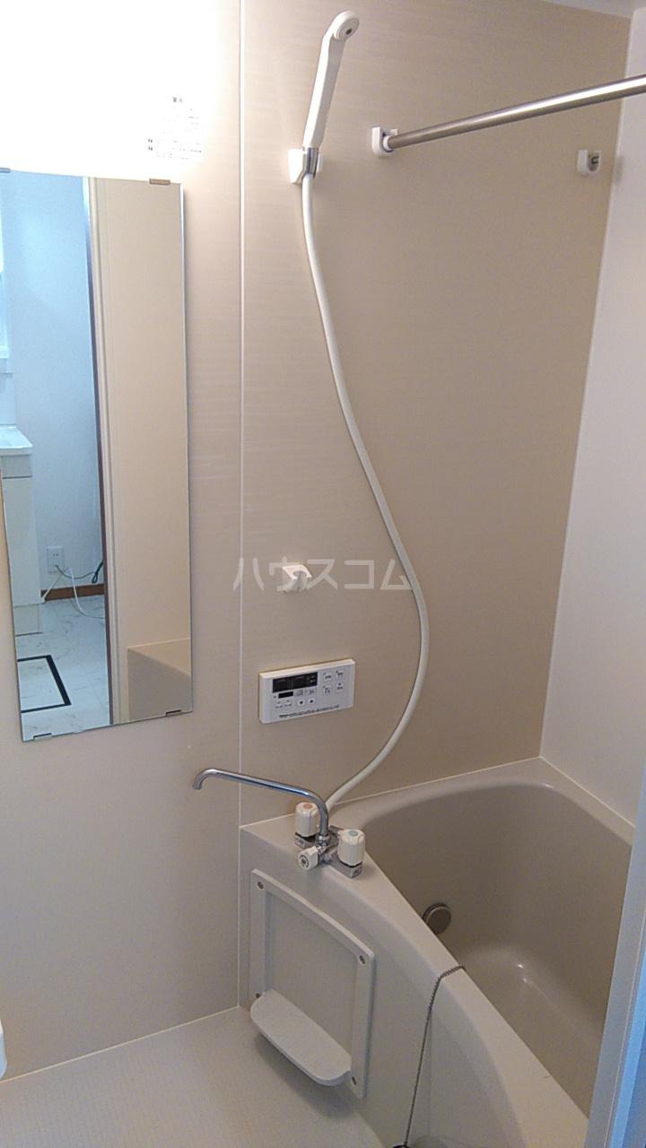 ITハウス 104号室の風呂