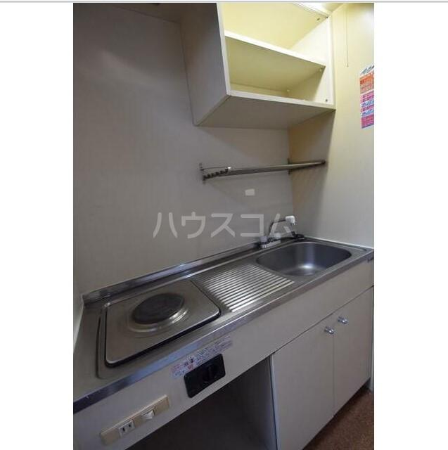 上永谷第一レジデンス 203号室のキッチン