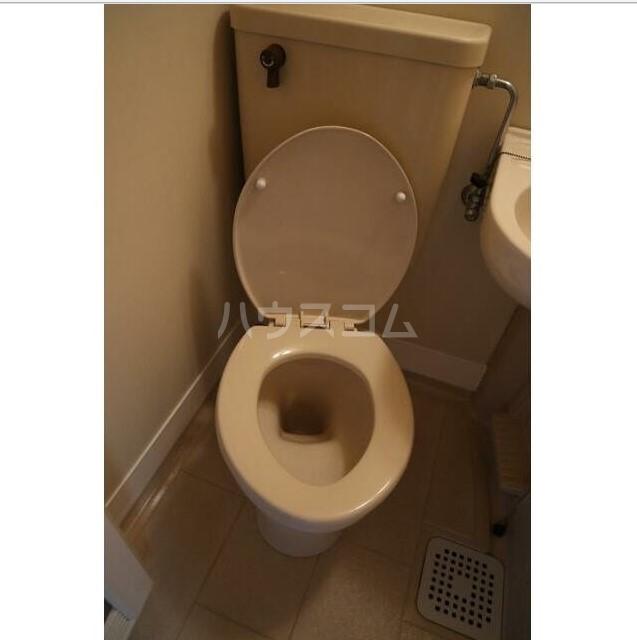 上永谷第一レジデンス 203号室のトイレ