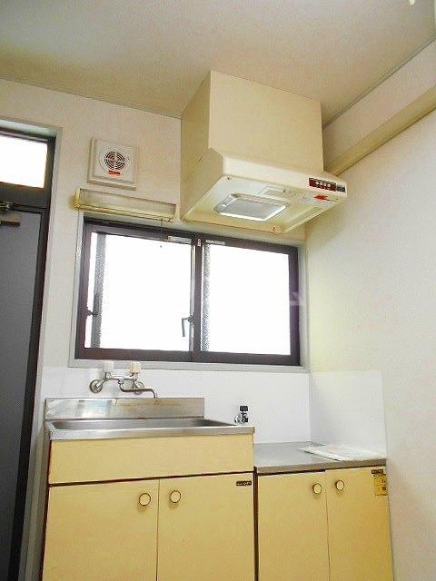 レイクナガノ 205号室のキッチン