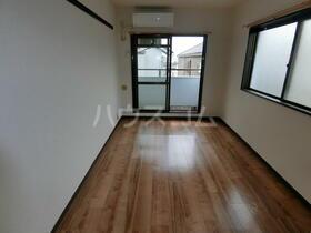 スカイコート横浜港南台 205号室のベッドルーム