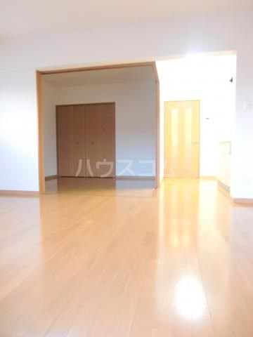 パルテール 202号室の居室