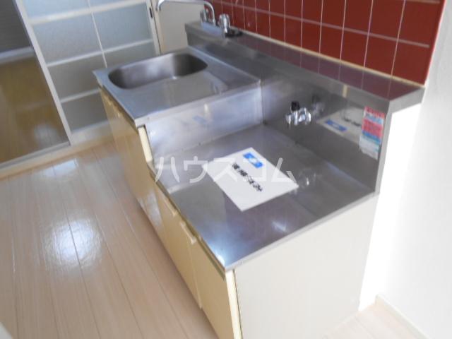 サンハイツ榊原 104号室のキッチン
