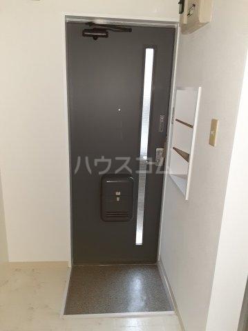 ピアレジ青山Ⅲ 104号室のエントランス