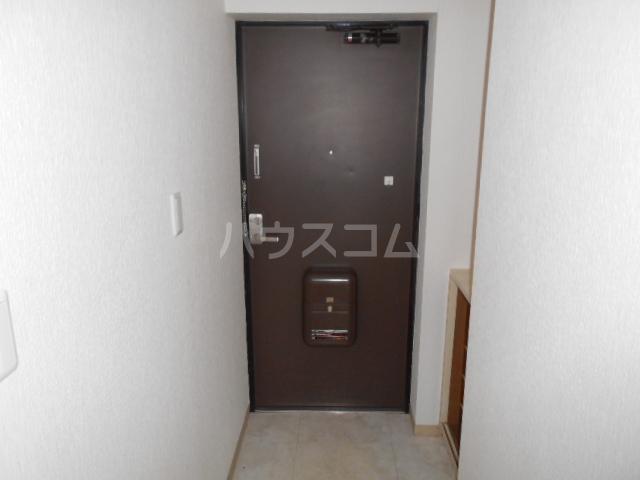 カネコハイツ 202号室の玄関