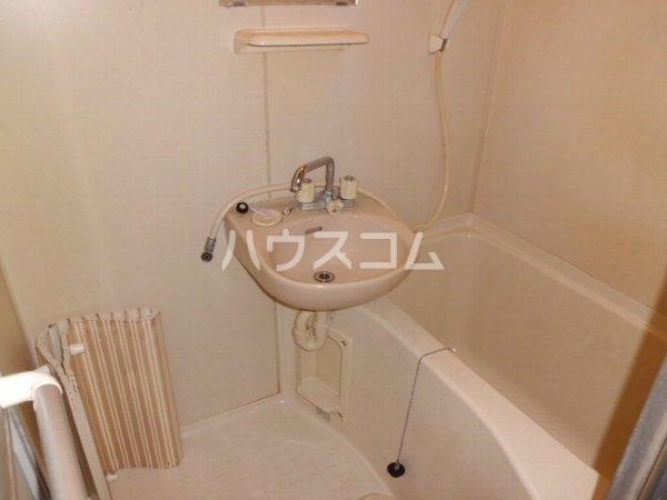 シーサイドハウス福美 201号室の洗面所