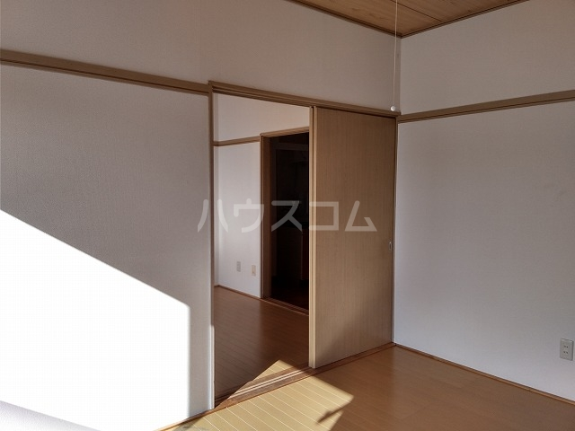 ハイツほたるB 203号室の収納