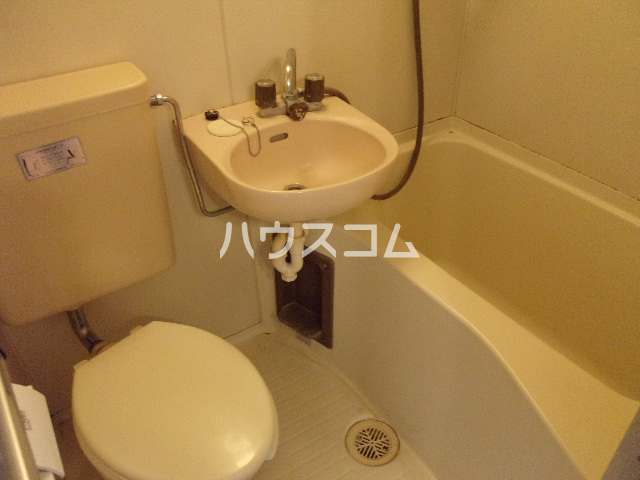 ハイネス相模大野 204号室のトイレ
