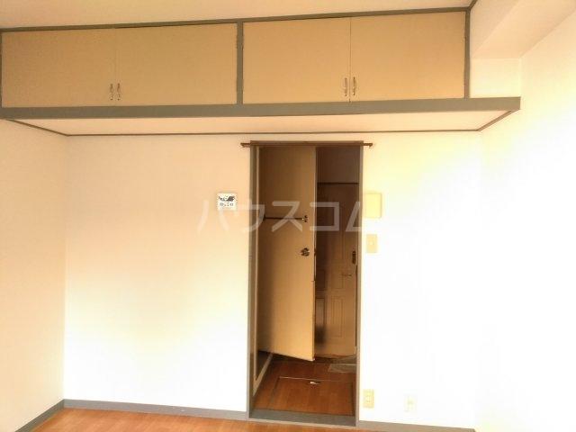 アップルハウス鶴間 102号室の収納