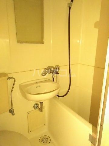 アップルハウス鶴間 102号室の風呂