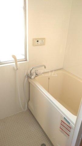 コーポ富沢 203号室の風呂