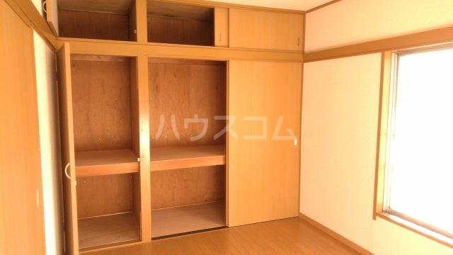コーポ富沢 203号室の収納