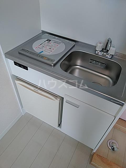 ユナイト弘明寺ヘンリーマンシーニ 205号室のキッチン
