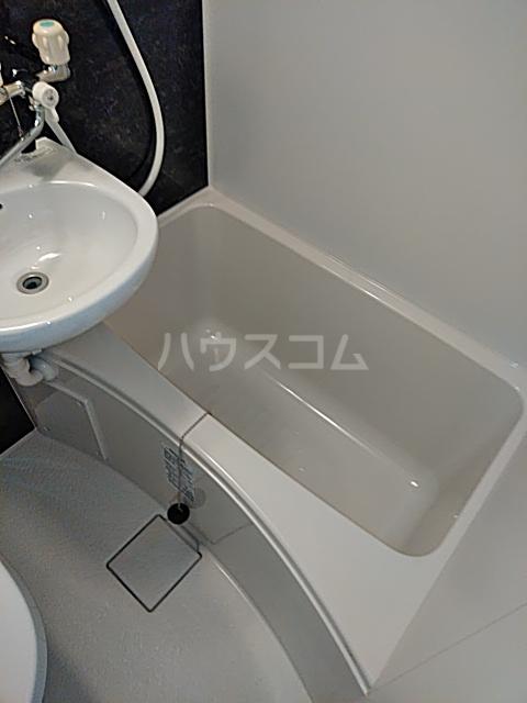 ユナイト弘明寺ヘンリーマンシーニ 205号室の風呂