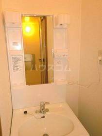 エクセランC 202号室の洗面所