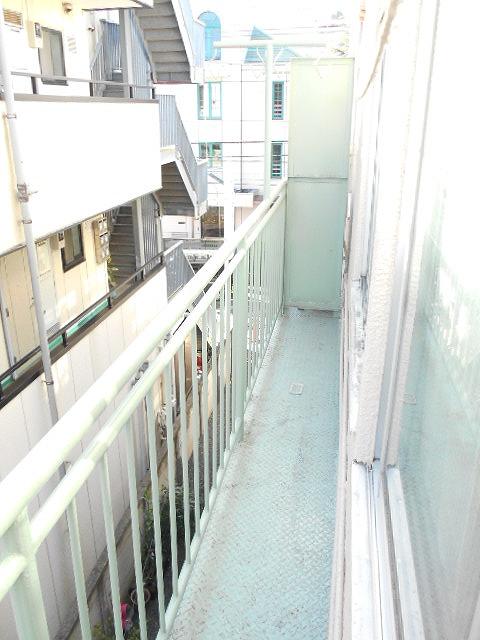 ティンカーベル 101号室のバルコニー