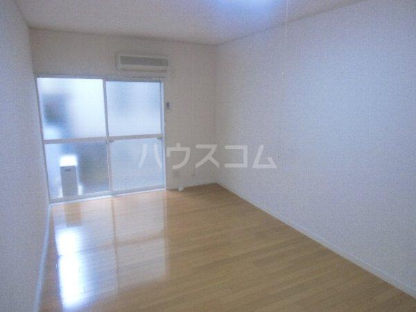 第1桜コーポ 103号室のベッドルーム