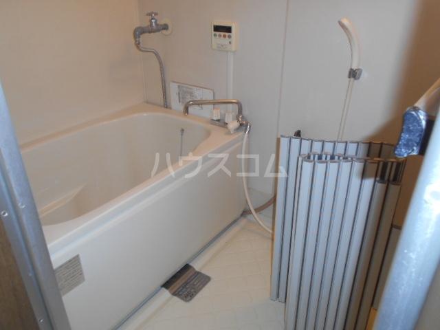 スカイハイツ 1-B号室の風呂