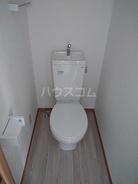 KPハイム 105号室のトイレ