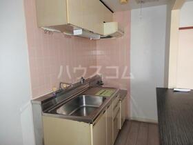 パレス南光 302号室のキッチン