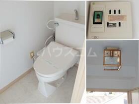 パレス南光 302号室のトイレ