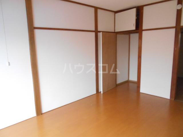 森コーポ 2号室のベッドルーム