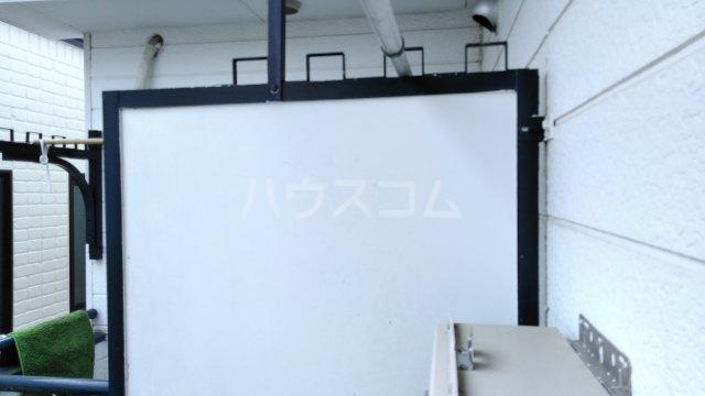レオパレス戸塚第24 201号室のバルコニー
