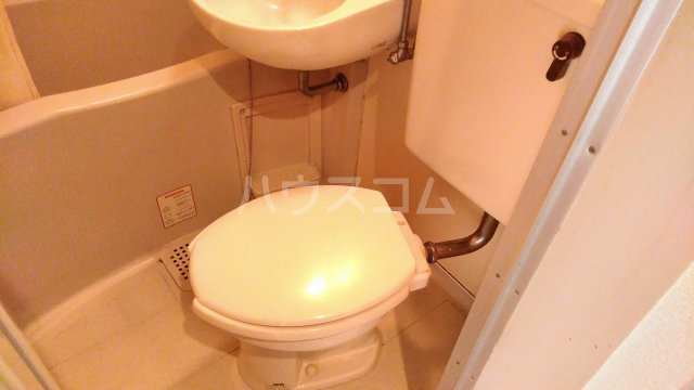 レオパレス戸塚第24 201号室のトイレ