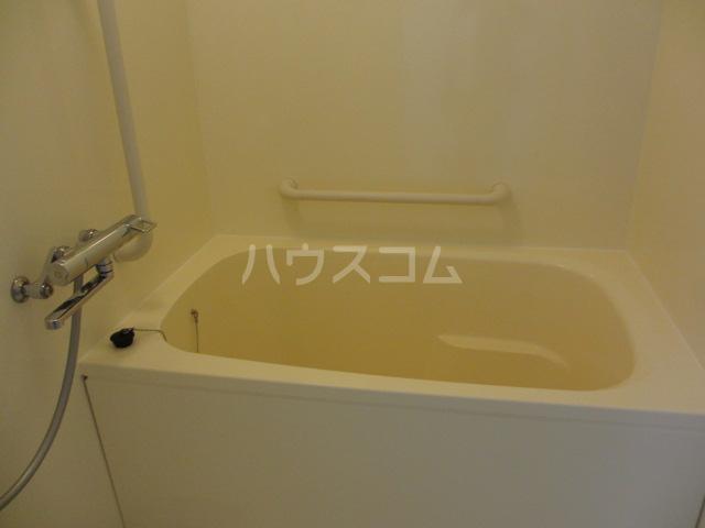 それいゆ泉 303号室の風呂