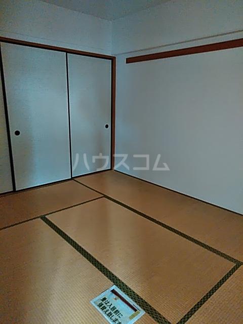 それいゆ泉 502号室の居室