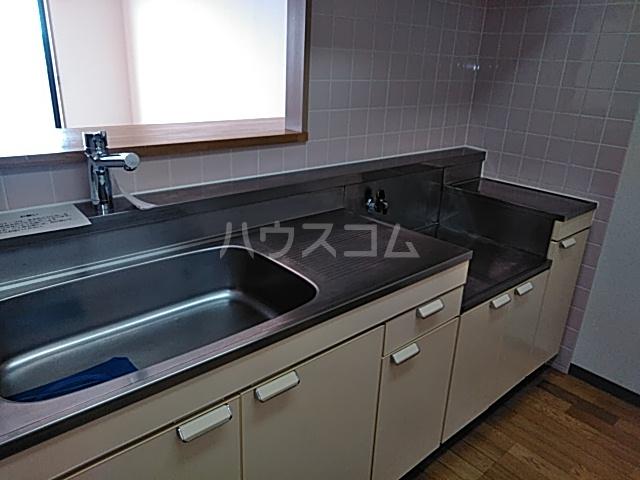 それいゆ泉 502号室のキッチン