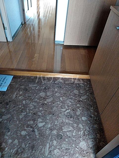 それいゆ泉 603号室の玄関