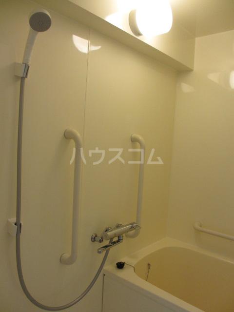 それいゆ泉 305号室の風呂