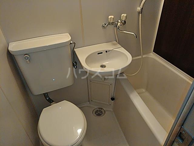 プロバンス 105号室の風呂