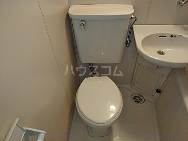 プロバンス 105号室のトイレ