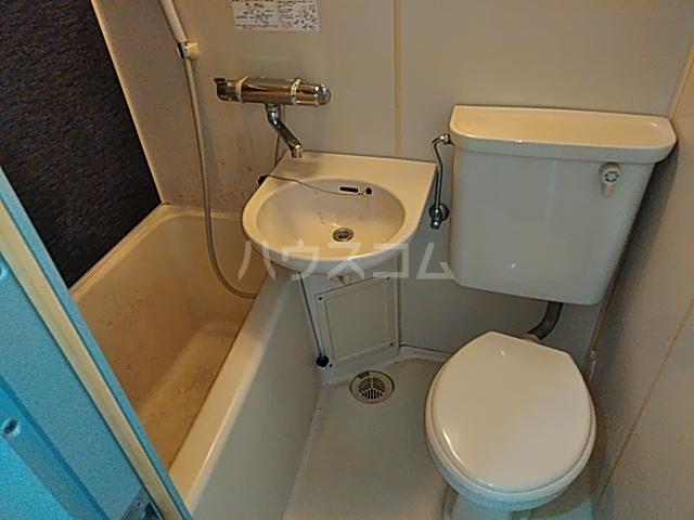プロバンス 206号室の風呂
