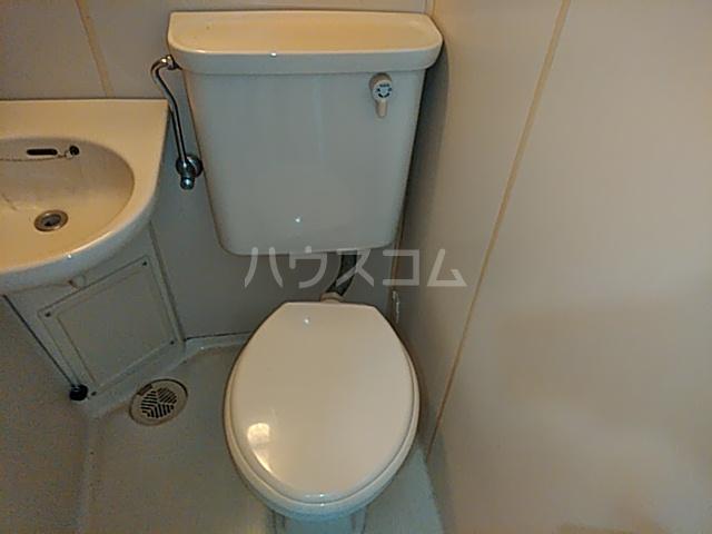 プロバンス 206号室のトイレ