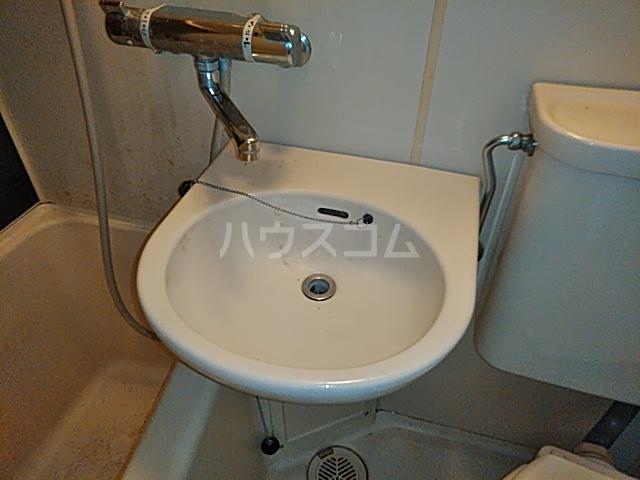 プロバンス 206号室の洗面所