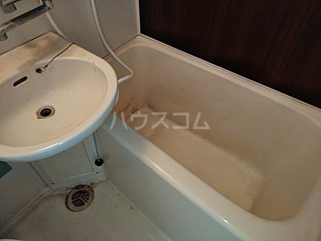 プロバンス 207号室の風呂