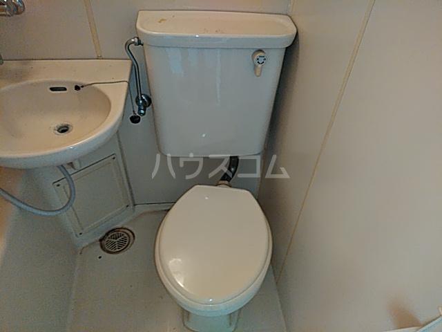 プロバンス 308号室のトイレ